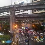 Обычный Бангкокский перекресток